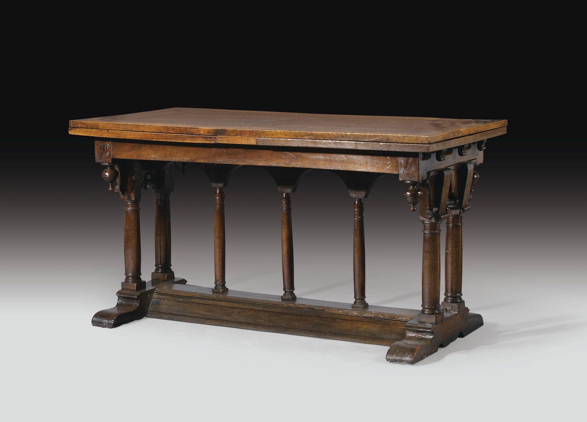Table En Noyer D Poque Renaissance France Fin Du Xvie Si Cle  # Muebles Goticos