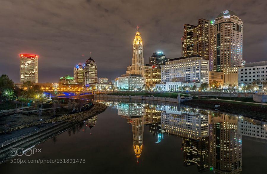 #nighttimeFranklin Countyarchitecturebuildingcitycityscapecloudscolumbusnightohioriverstreetsunsettravelurbanwater #lorijroach (December 10 2015 at 11:43PM)