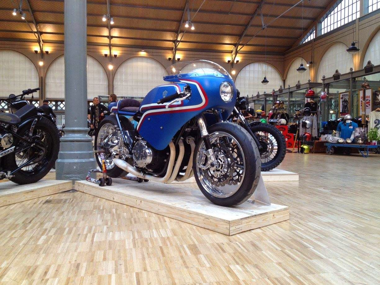 Rocketgarage cafe racer bike shed paris garage for Garage velo paris