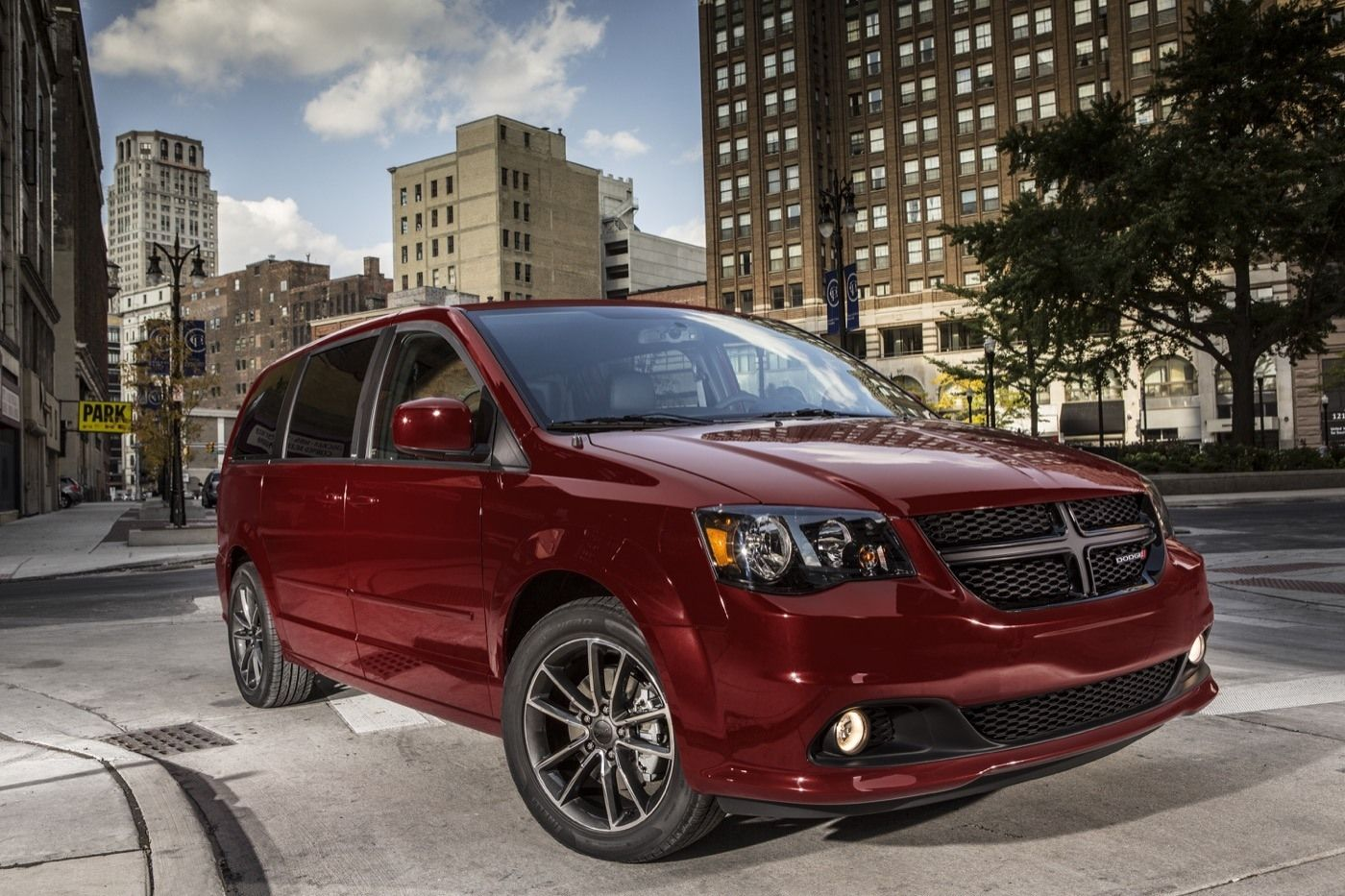 2019 Dodge Minivan Exterior And Interior Review