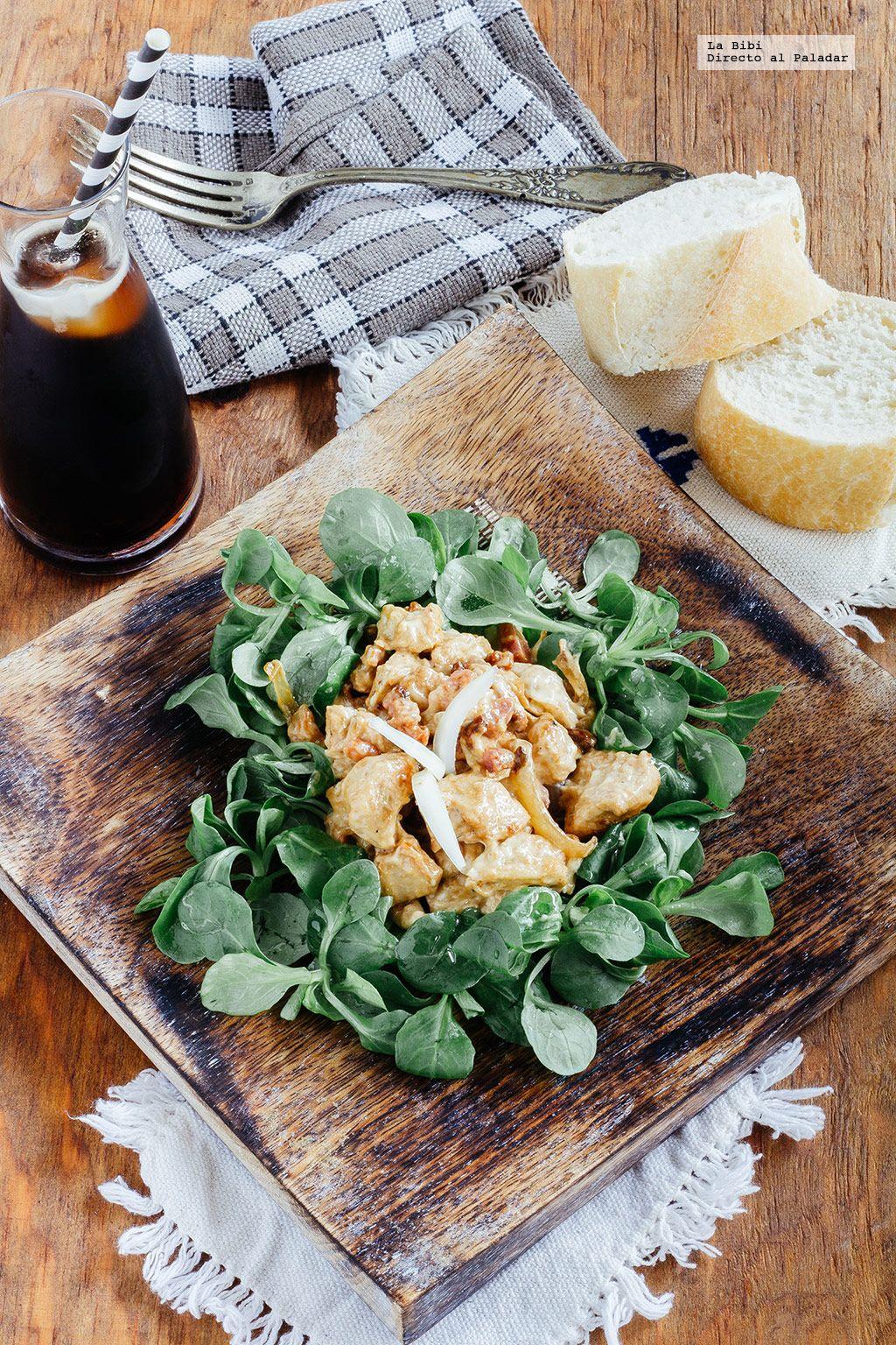 Ensalada de pollo y tocino. Receta con fotografías de cómo hacerla y recomendaciones de cómo servirla. Recetas de ensaladas. recetas de pollo