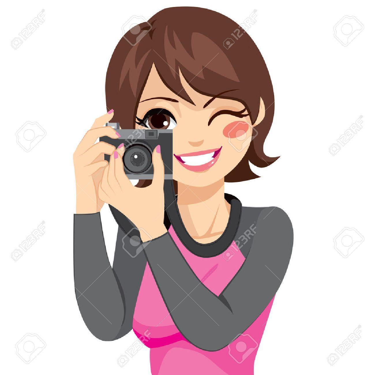 Feliz Hermosa Mujer Sonriente Fotografo Toma La Foto Usando La Camara Vieja Analogica Retro Camaras Viejas Fotos Viejitos