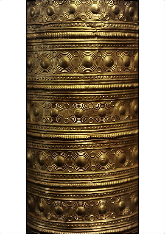 Poster Print-Berlin Gold Hat. Fine gold leaf. 1000 BC-A2 poster sized print (420x594 mm) made in the UK