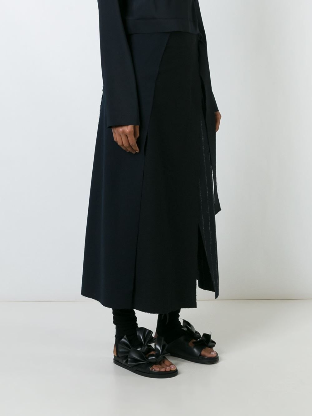 Cédric Charlier юбка с запахом и деталью в полоску