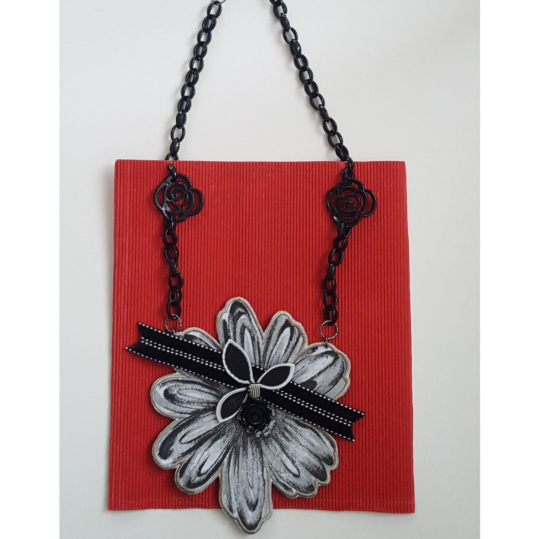 Embroidered Black And White Flower Batik Necklace Is Made