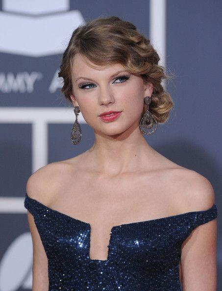 Taylor Swift Photos Photos 52nd Annual Grammy Awards Taylor Swift Dress Taylor Swift Hot Taylor Swift Hair
