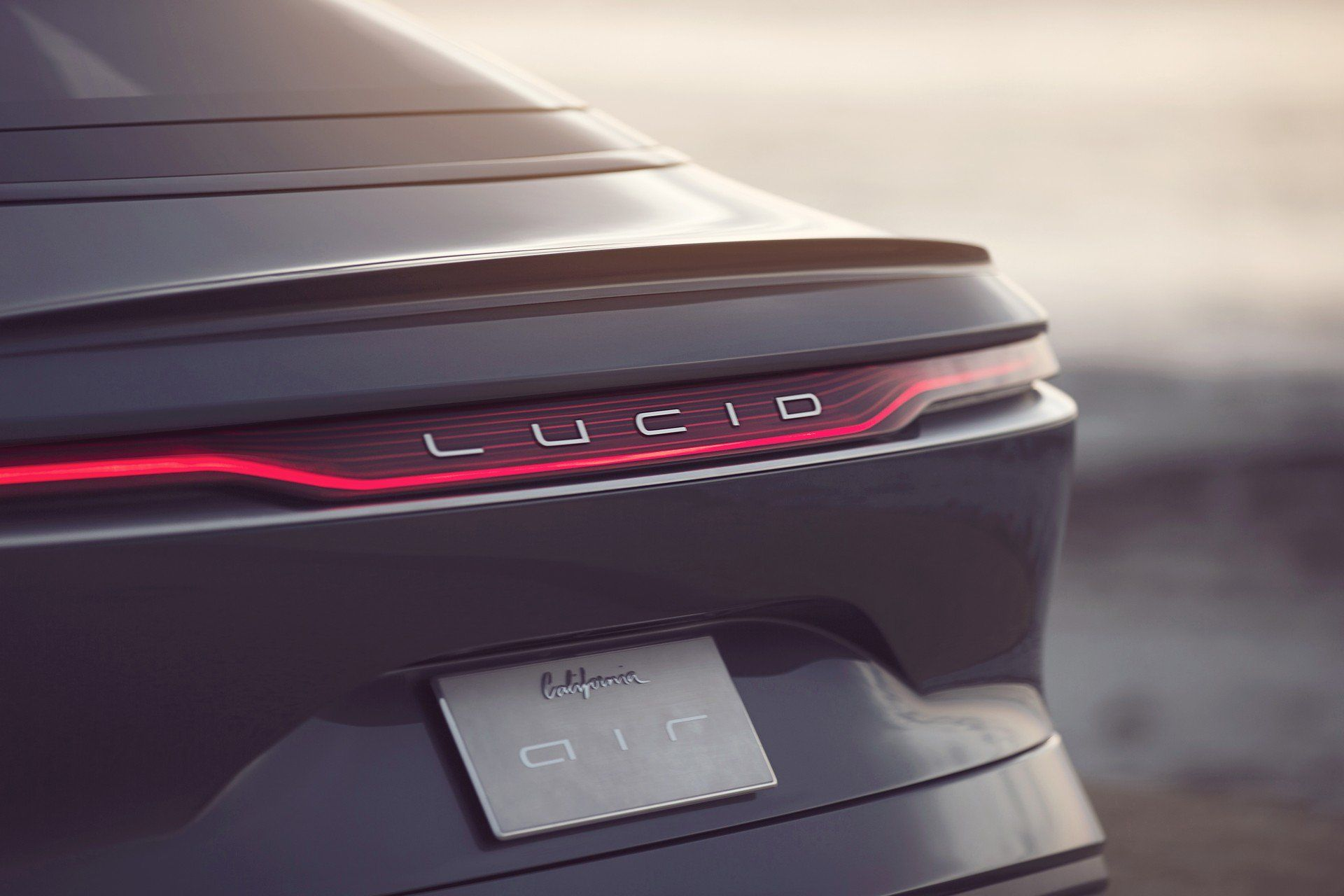 Lucid Motors Receives Billion Dollar Investment From Saudi Arabia S Sovereign Wealth Fund Carscoops Lucid Best Wallpaper Hd Car