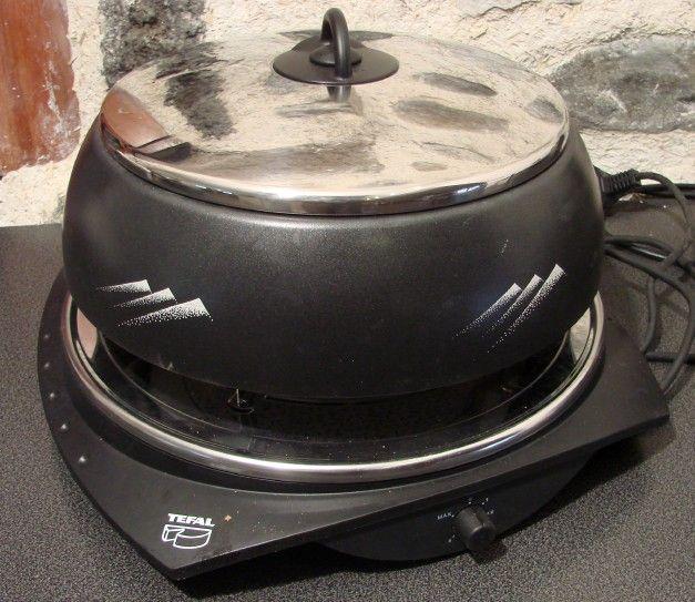 raclette 39 variation 39 pour 8 personnes electrom nager. Black Bedroom Furniture Sets. Home Design Ideas