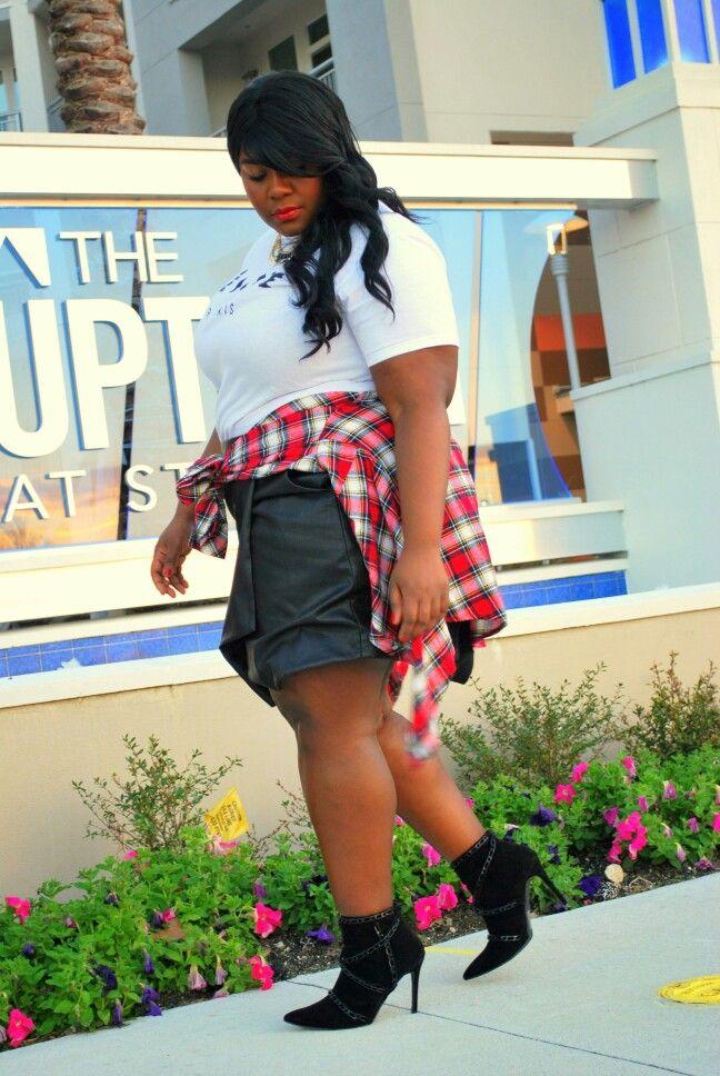 Musings of a Curvy Lady Plus Size Fashion Blogger #womensfashion #plussizefashion #curvy #ootd