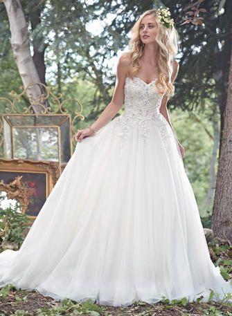 Beautiful intricate lace wedding dress  Bravura Bridal & Prom www.bravurafashion.com 770-977-8916 Marietta   Cumming   Snellville Georgia   Maggie Sottero Haute Couture - Cameron-6MW236