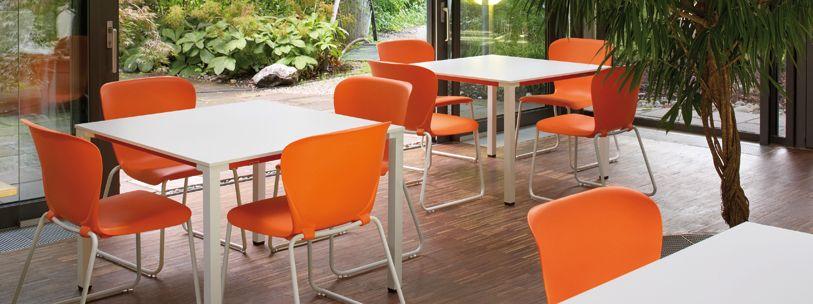 La silla de reuni n westside est compuesta por una nica coquilla con la forma el ngulo y la - Sillas la forma ...