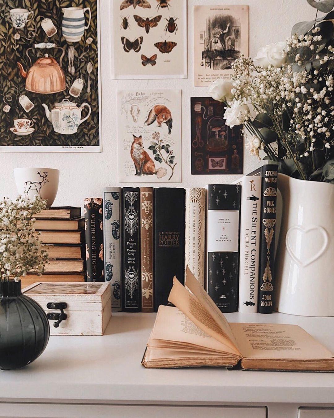 Photo of 20+ Beautiful Bookstagram Accounts You Need to Follow