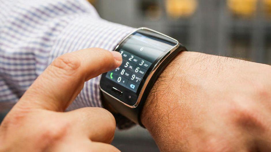 Samsung Gear S Smartwatch, Samsung y Reloj