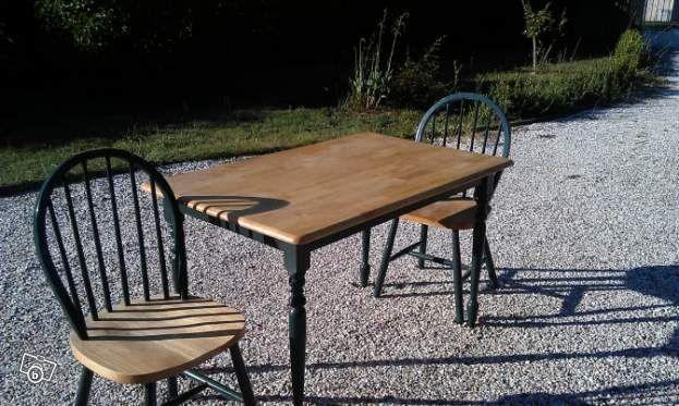 Table En Pin Massif Et Ses 4 Chaises Ameublement Tarn Leboncoin Fr 65 Table En Pin Ameublement Chaise