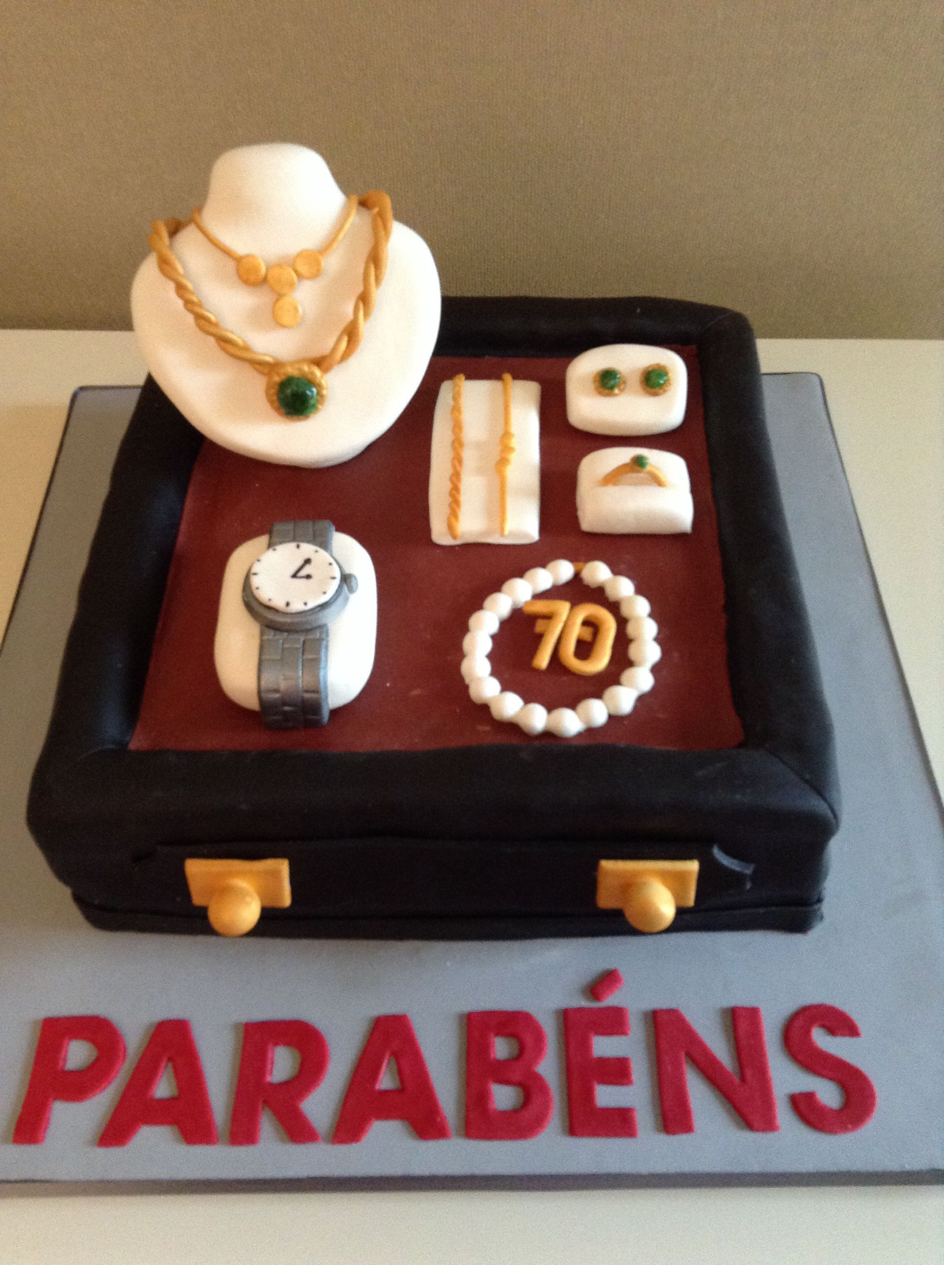 Bolo De Aniversario Para Comemorar 70 Anos De Um Ourives Bolo