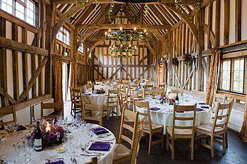 gate street barn ideal venue for wedding photos