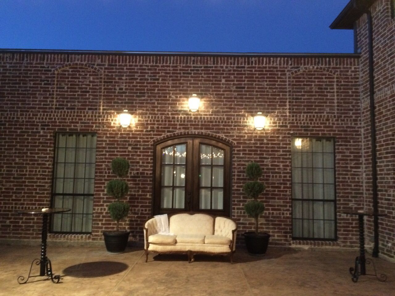 outdoor wedding venues in fort worth tx%0A Casual seating in The Courtyard of La Cour Venue  McKinney Event Venue  Outdoor  Wedding