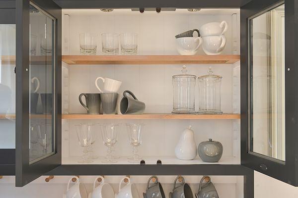 Neptune küchen ~ Mayfield tableware #neptune #diningtable #dresser www.neptune.com