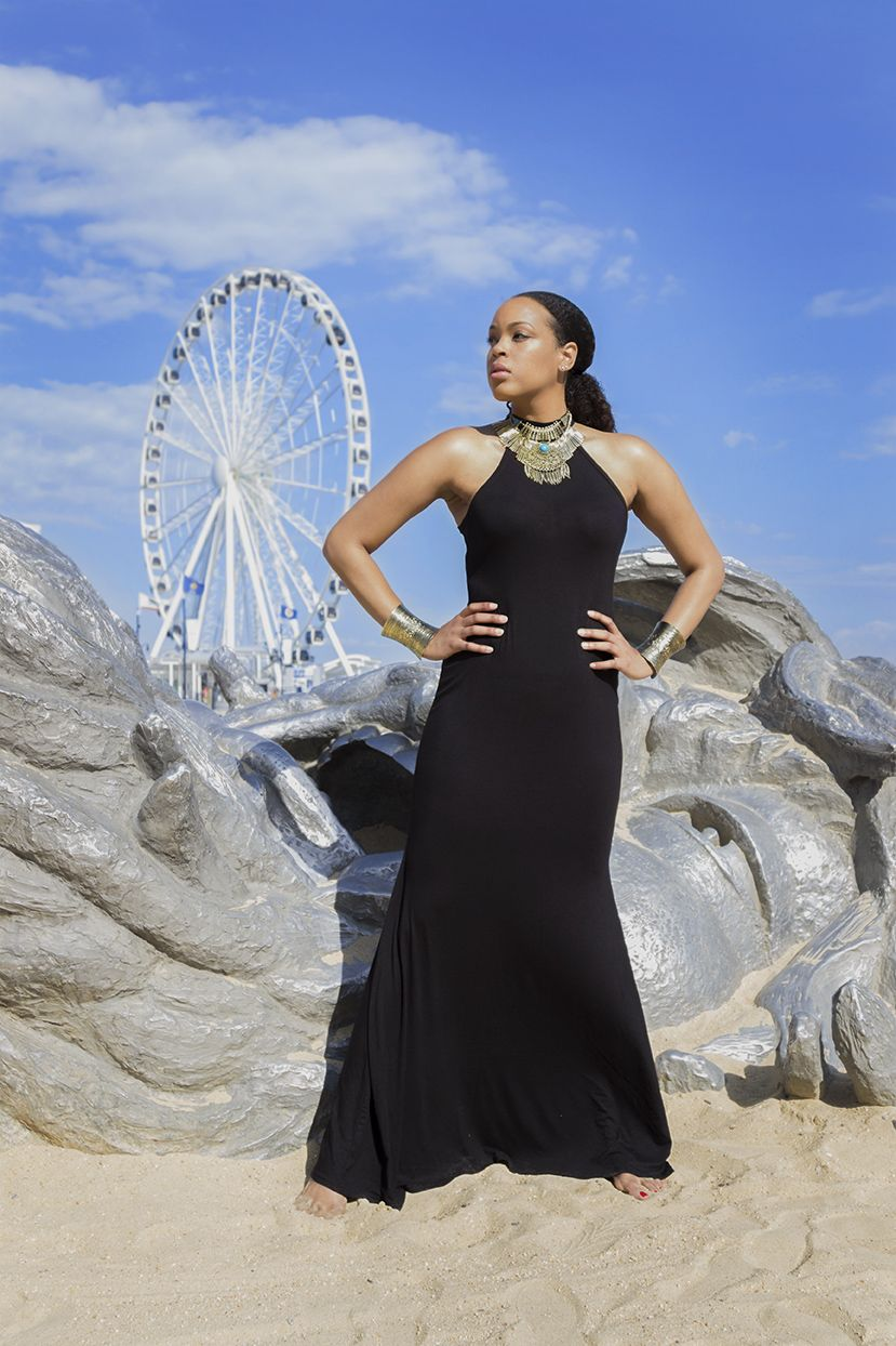 The Tall Muse For Fashionably Tall Women Tall Women Long Maxi Dress Tall Fashion [ 1244 x 829 Pixel ]