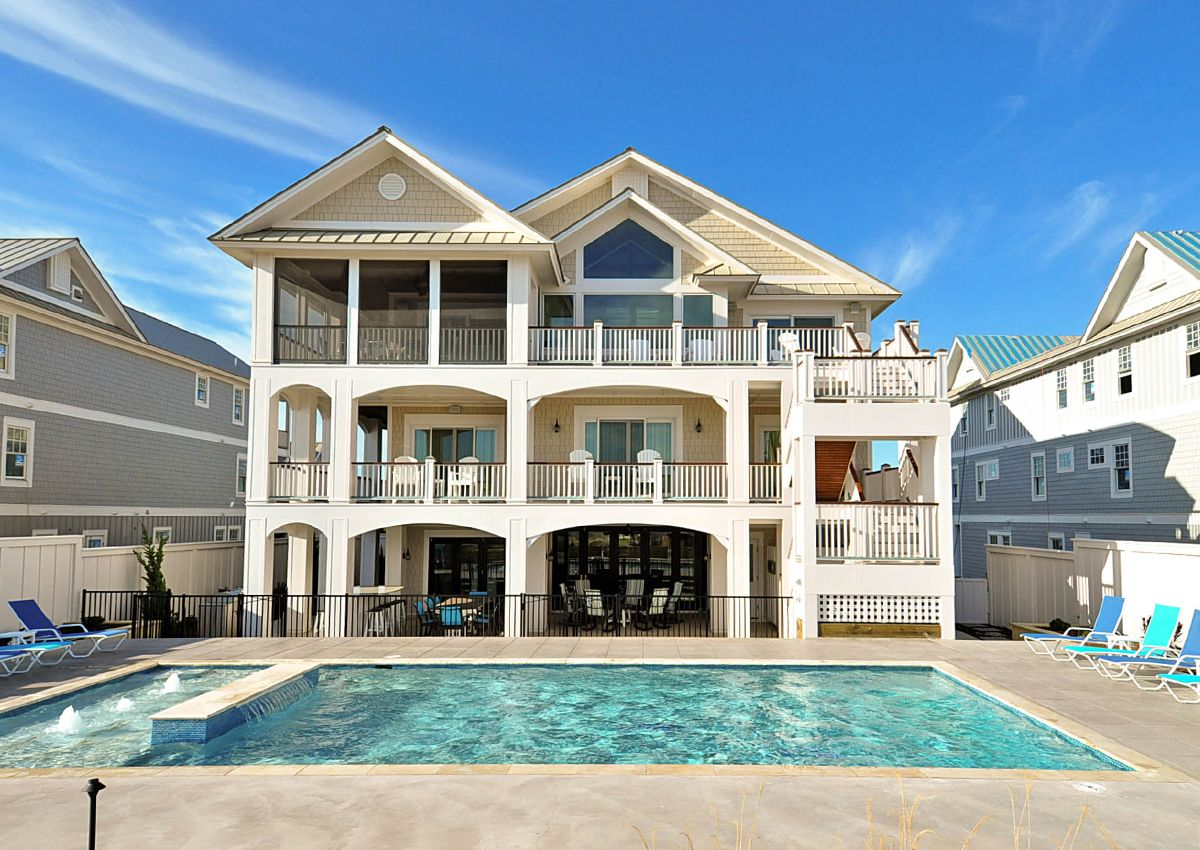 Harry S Harbor Is An Outer Banks Oceanfront Vacation Al In Pine Island Reserve Corolla Nc That Features 12 Bedrooms And 15 Full 1 Half Bathrooms