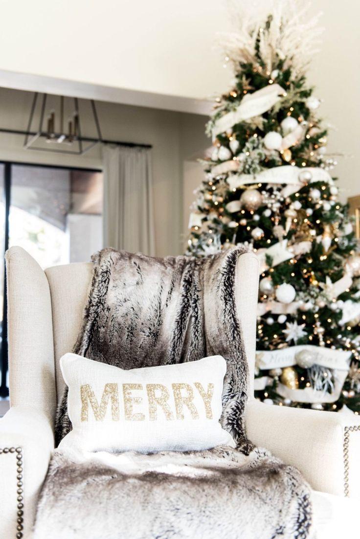 Glam Christmas Decor | Home Decor | Curls and Cashmere