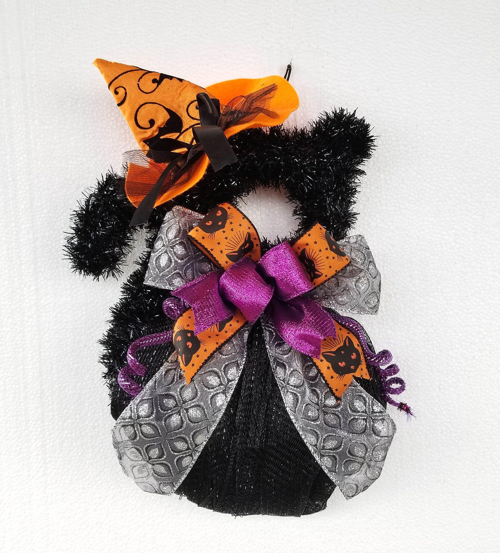 Black Cat Wreath, Halloween Door Hanger, Classroom Decor