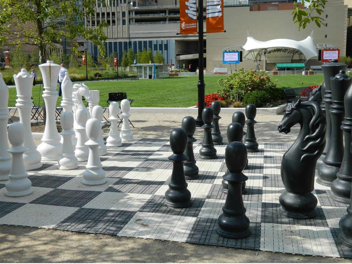 Life-size chess board | Project Name: Columbus Commons | Year completed: 2011 | Client: Downtown Development Corporation & Capitol South Community Urban Redevelopment Corporation | Location: Columbus, OH, USA | Architect: Moody Nolan, Landscape Architect: EDGE Group, MKSK | Size: 9-acre