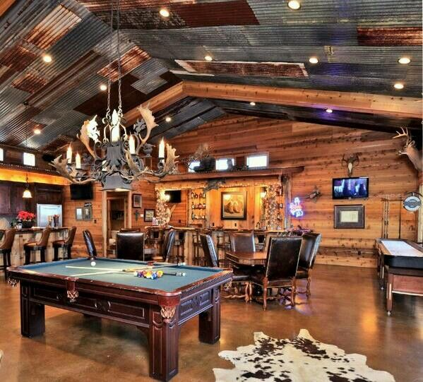 Luxury Man Cave Game Room Bar With Images: Love This Modern Log Cabin Rec Room! #dreamhome