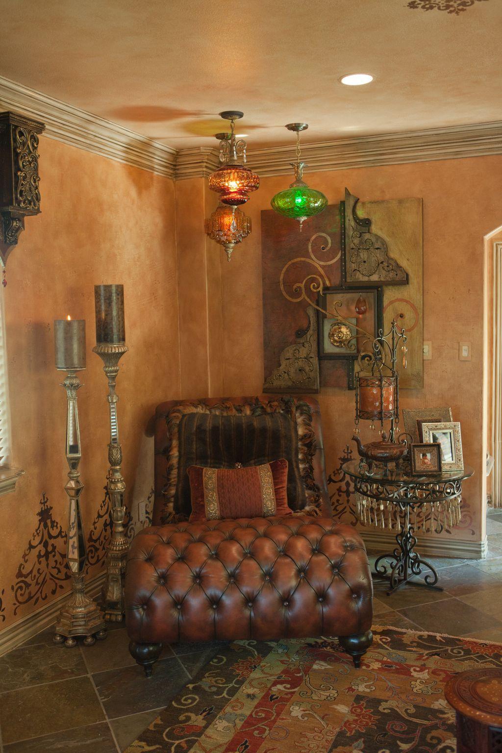 Toskanisches Badezimmer, Hauptschlafzimmer, Donna Moss, Toskanische  Wohnzimmer, Wohnzimmer Ideen, Toskana Style, Hausecke, Möbel
