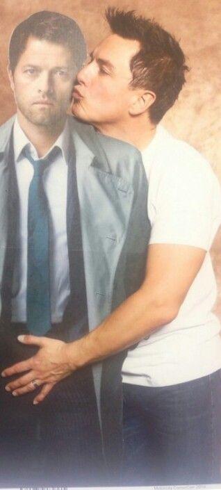 I love you so much John Barrowman <3