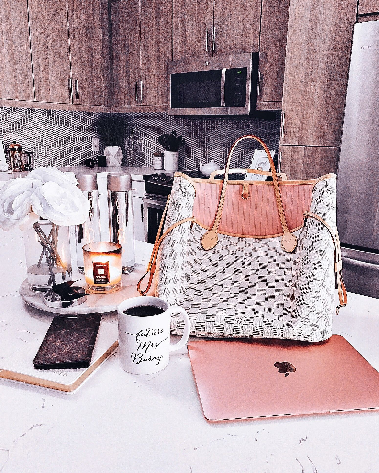 Blondie In The City Kitchen Decor Hayleylarue Instagram Louis