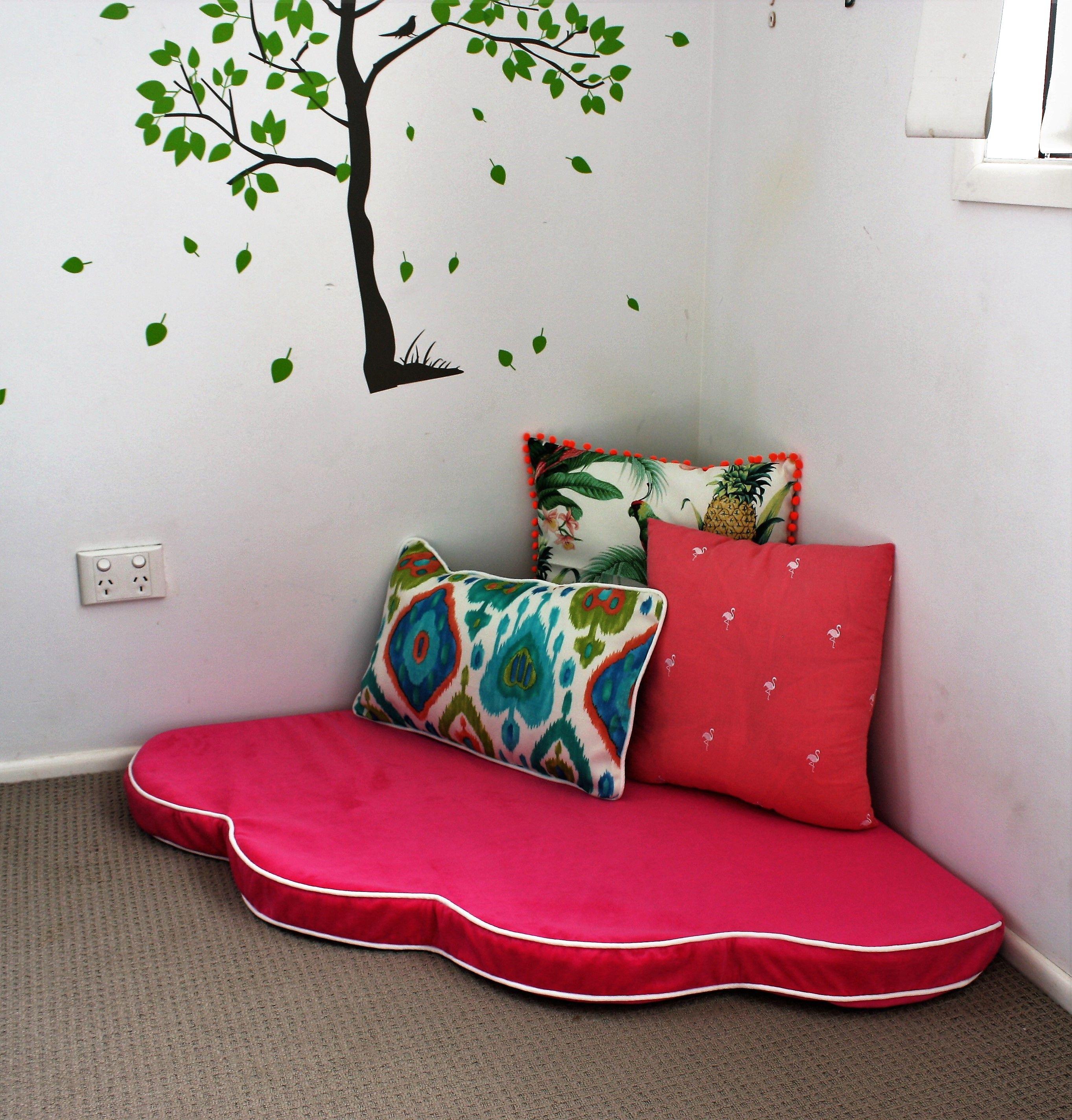 Corner flower floor seat for girls floor seating