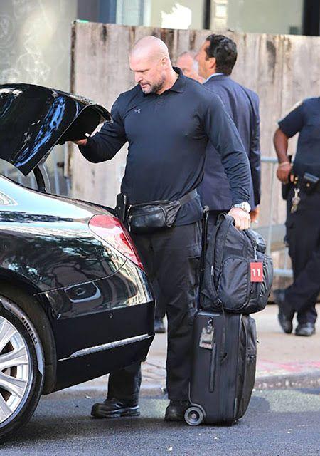 Kim Kardashian West and husband Kanye West recently let go of their main bodyguard, Pascal Duvier, following Kim's robbery in Paris. #kimkardashian #kanyewest #entertainmentnews