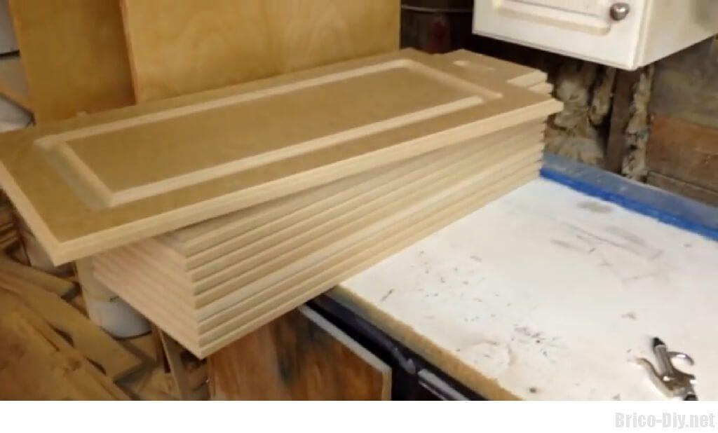 Como hacer moldura en tablero de mdf para puertas de muebles de cocina web del bricolaje - Tableros de cocina ...