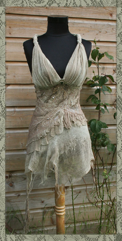 Lehdotar - Bohemian Fairy Lady Corset Top RESERVED. €130,00, via Etsy.