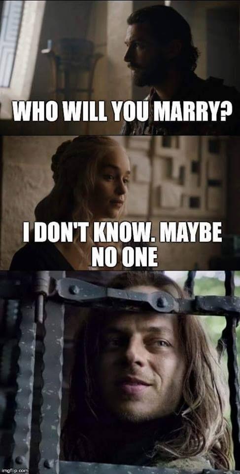 Game Of Thrones T Shirt T Shirt Game Of Thrones Meme Funny Games Game Of Thrones Funny