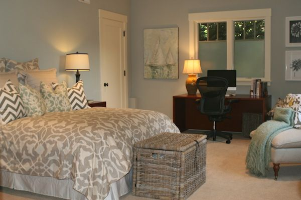 Guest room office combo margie 39 s makeovers bedroom - Small guest bedroom office ideas ...