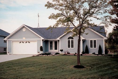 G20164 Easy Living Ranch At Menards Ranch House Exterior My House Plans Ranch House Plan