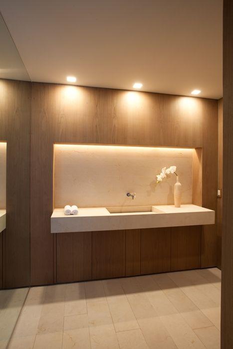 Pin de marilena rizou summer interiors en bathroom design for Decoracion de casas brasilenas