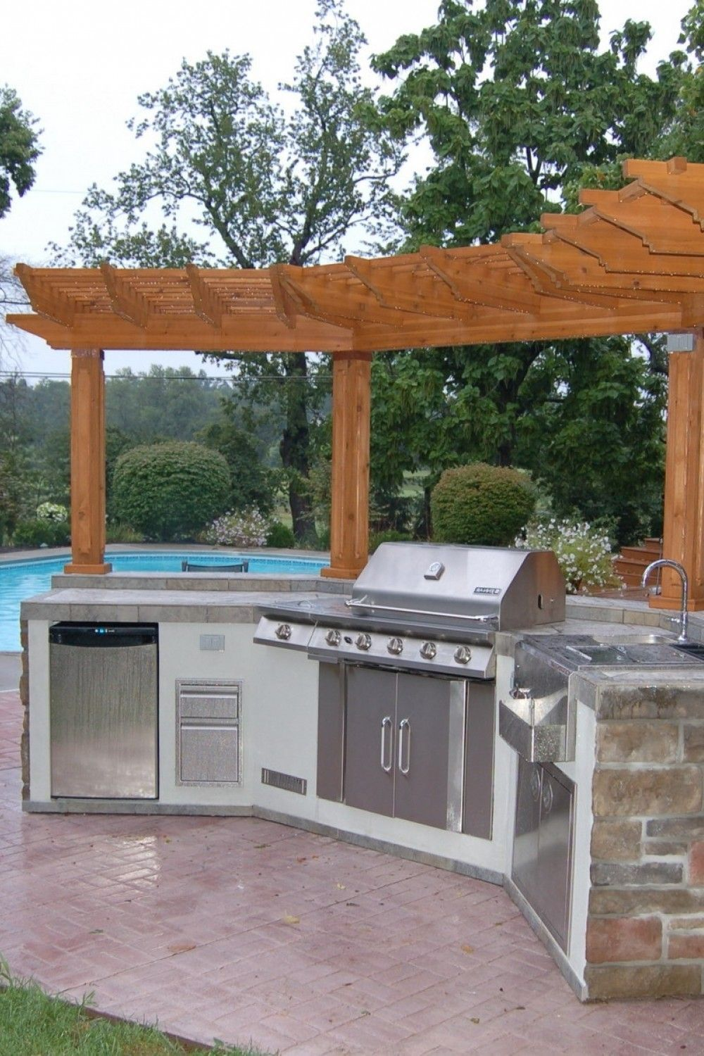 Pin By Brittany Marki On Outdoor Kitchen In 2020 With Images Pergola House Roof Design