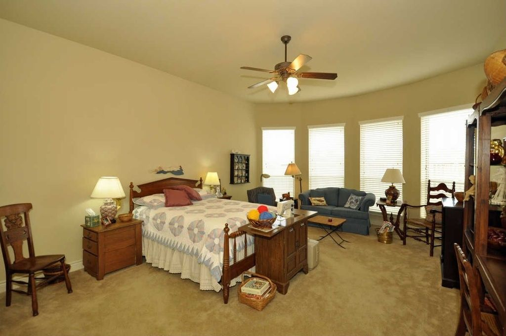 Katy Home Pleasant Zillow, Model Home Furniture Auction Katy