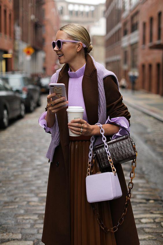 Caramello al cioccolato: look ispiratori nel popolare colore di stagione | Notizie di moda