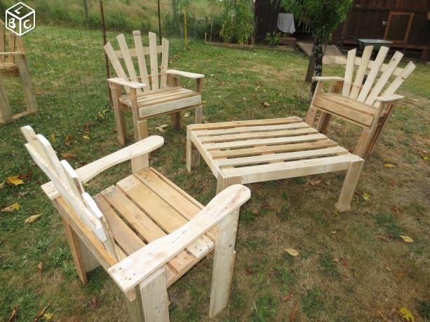 Salon de jardin en bois de palette a saisir | caisses bois | Pinterest