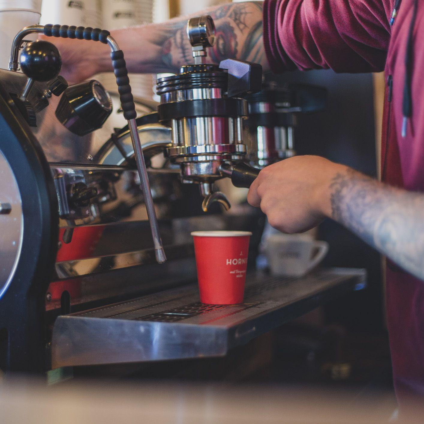 Die J Hornig Kaffeebar In Wien J Hornig Kaffee Bar Kaffee Kaffee Wien