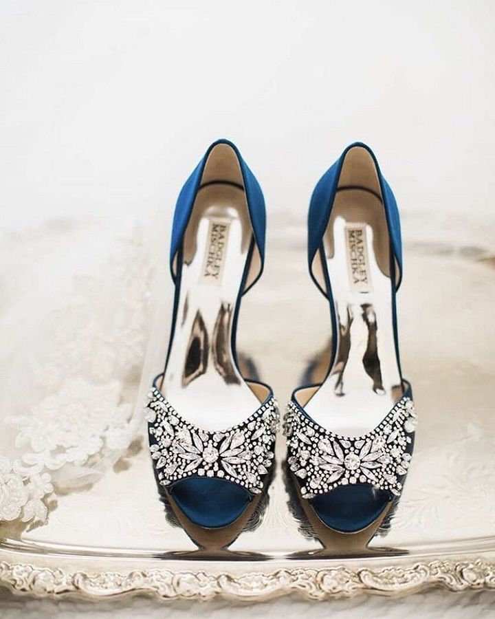 Pretty Blue wedding shoes | Crytal Bridal Shoes #weddingshoes #bridalshoes #brideshoes