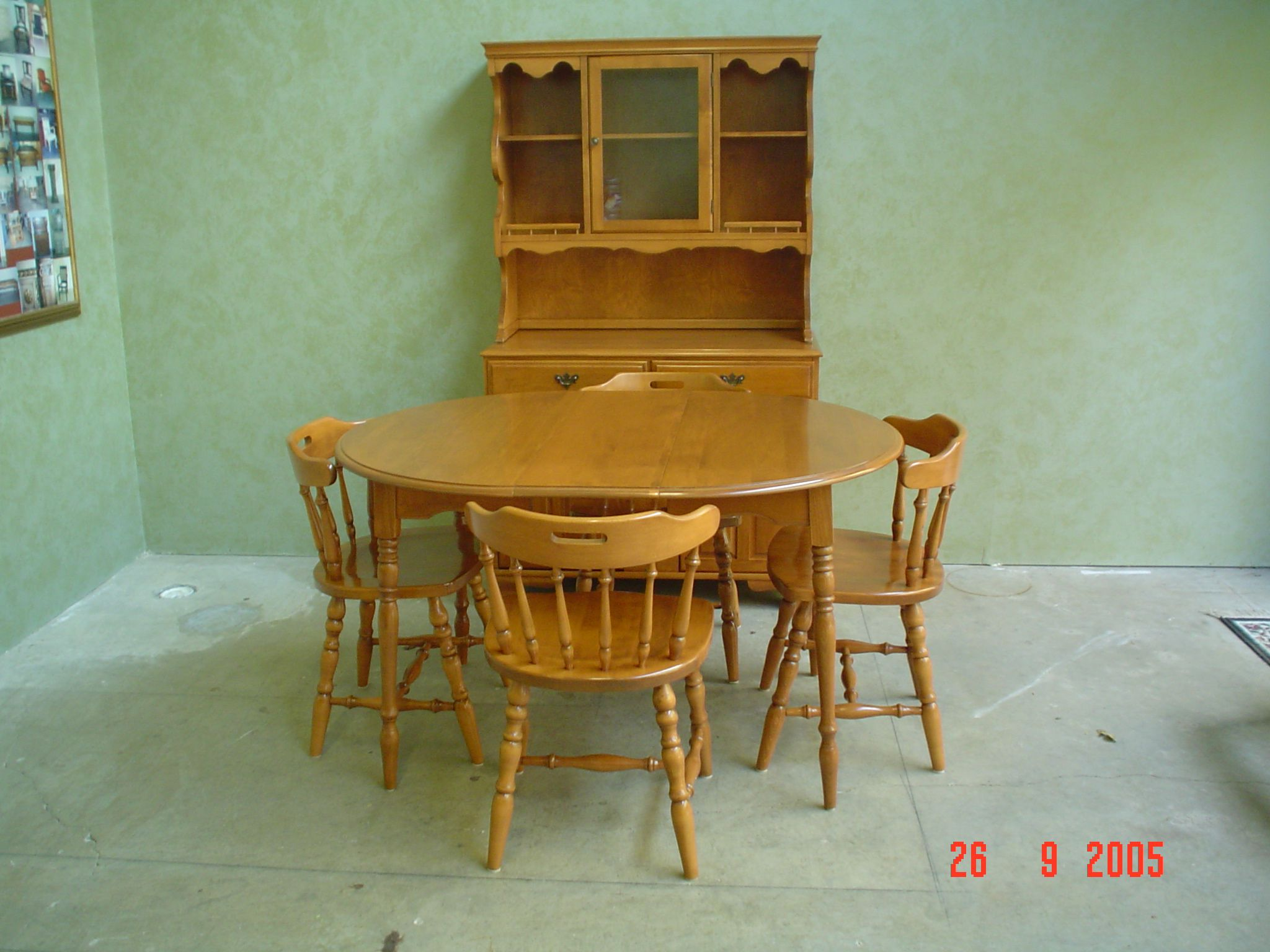 Dining suite refinished by AM Furniture Finishing