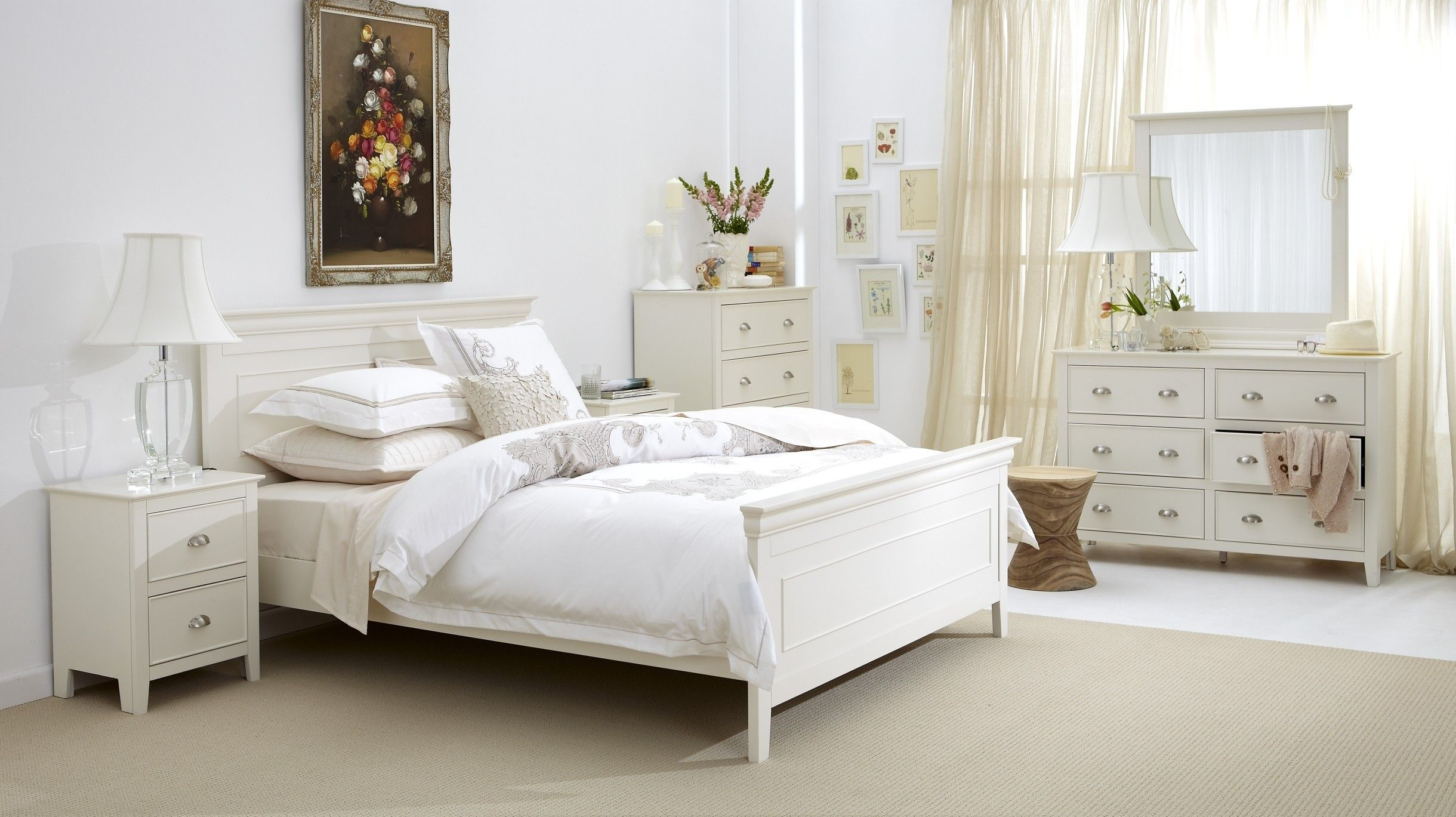 Distressed White Bedroom Sets White Distressed Bedroom Furniture ...
