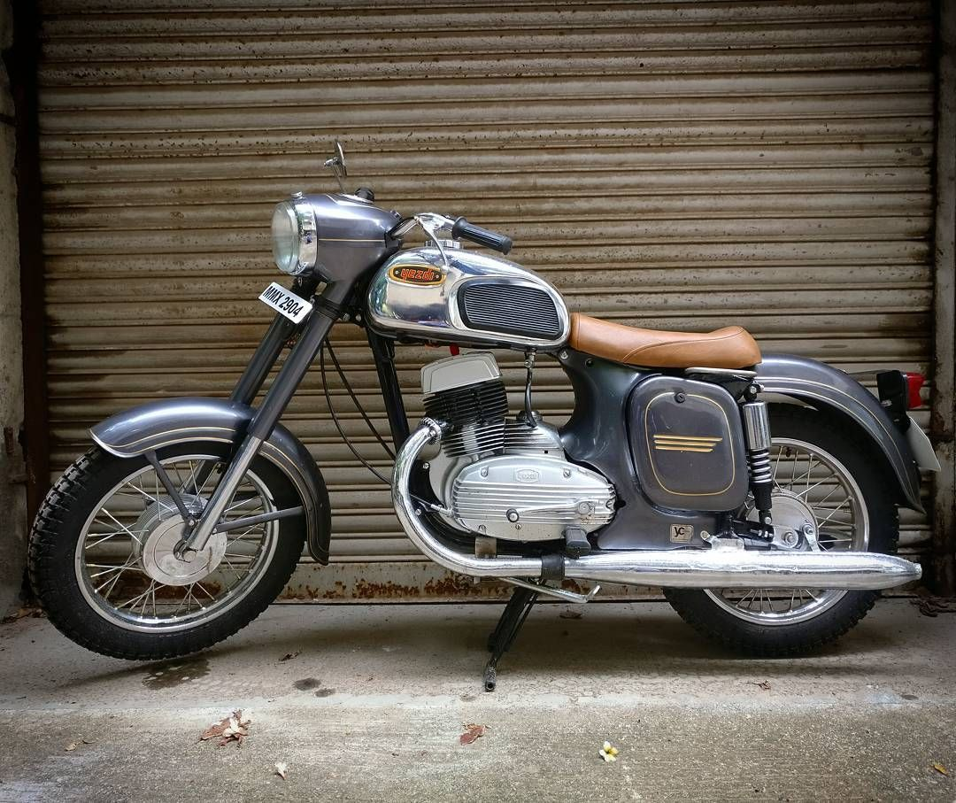 250 Likes 2 Comments Jawa Motorcycles Jawamotorcycles On