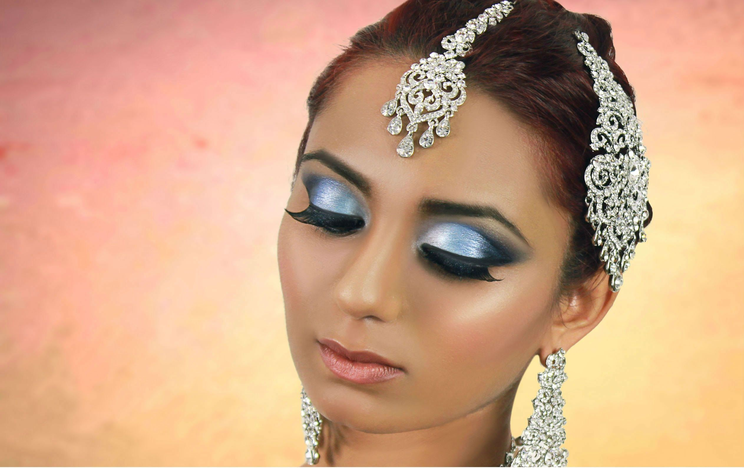 blue smokey eye makeup indian pakistani arabic asian bridal