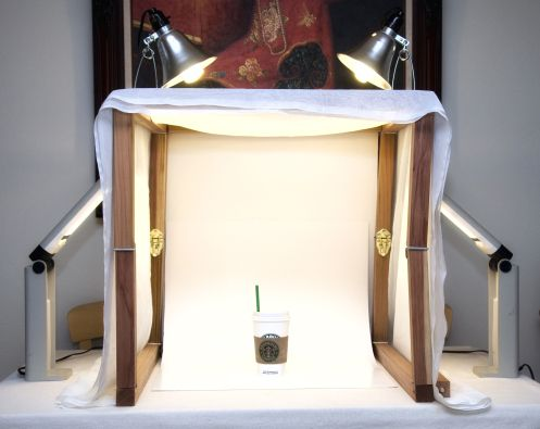 How to make a lightbox - photographing objects